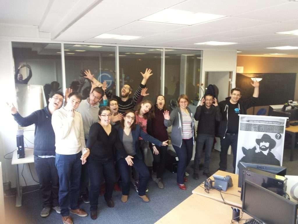 Les participants du transcripthon des conférences Paris Web 2015 chez Globalis